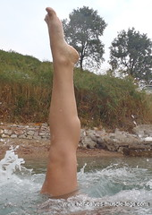 her calves 3 (Female_Calves) Tags: athletic legs muscle muscular strong fitness calf leggy calves calfs calfmuscle sexycalves fbb perfectlegs hotcalves womenscalves womencalves hercalves girlscalves