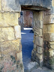 The Open Door. (girodiboa1) Tags: door sea italy sun italia mare open wind porta sole pietra salento salentu vento sule aperta tufo leccese girodiboa1