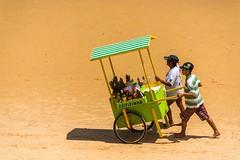 Caipirinha (Dante Laurini Jr) Tags: brazil praia brasil natal vendedor seller caipirinha nordeste rn brach
