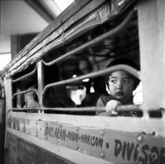 Manila Jeepney ride (bence8810) Tags: tlr mediumformat kodak philippines manila jeepney tmax100 minoltacord