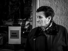::.: (kalekumeak) Tags: ionmarkel euskalherria basquecountry gipuzkoa donostia jende people kale street zuribeltz bw blackwhite iphone5 iphoneography kalekumeak streetphotography apple iphonekeriak