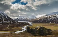 Loch Garry (Matt 82) Tags: landscape scotland highlands nikon scenery scottish 32mm scottishhighlands nikonafsdxnikkor1855mmf3556gvr d5100 matt82