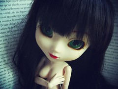 Cold Words (dangerous pinocchio) Tags: blue white black paper book words doll elizabeth louise groove redlips pullip nudity obitsu junplanning bahaty