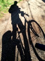 L'ombra (ikimuled) Tags: smartphone ombra shadow silhouette black white biciclette profilo sagoma