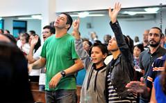 Missão cumprida (Primeira Igreja Batista de Campo Grande) Tags: adoração bíblia batista bible church cristianismo culto deus ediçãojoãoluizlima editorjoãoluizlima evangélico evangelho evangelical fé face faith fe fotografiajoãoluizlima gente gospel hands holybible igreja impactopradosverdes indoor jesuschrist jesuscristo jluiz jluizmail joãoluizlima louvor mão mãos música missões missions music nikon nikond300s people pessoas pibdecampogrande praise primeiraigrejabatistadecampogrande protestan protestante religião religion rosto salvação santidade service sing worship
