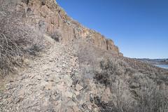 Stairway (johnwporter) Tags: hiking scramble mountains easternwashington centralwashington washington desert steamboatrock grandcoulee coulee bankslake 徒步 爬行 山 華盛頓東部 華盛頓中部 華盛頓州 荒漠 大深谷 深谷 班克斯湖 輪船岩