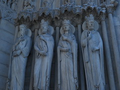 IMG_0145 (Le poids des mots, le choc des photo's) Tags: jaradeprest closeup beeld standbeelden gebouwen
