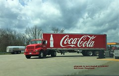 IHC, Belle Vernon, PA. 4/20/2017 (jackdk) Tags: truck tractor tractortrailer semi semitruck trailer trailertruck coke coketruck international ihc cocacola