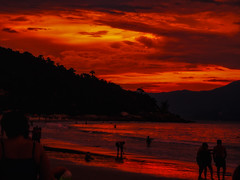 DSCF4885 (wtfjhon) Tags: landscape sky clouds silhouete sea summer beach sunset nature