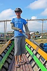 Nampan Market, Myanmar - Cool Intha Boatman (zorro1945) Tags: intha boatman sailor inlelake shanstate myanmar burma asia asie cool shades sunglasses longtailboat driver