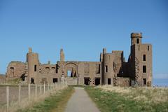 Approaching Slains Castle - HFF! (steve_whitmarsh) Tags: building ruins abandoned castle scotland aberdeenshire crudenbay path fence