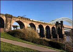 Widnes, Britannia Bridge, DB 67006 VSOE (18.15 Crewe C.S - Liverpool Lime Street) 08/04/17. (DigitAL46232) Tags: 67006 vsoe widnes