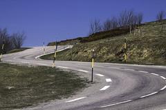 La voie toute tracée (mrieffly) Tags: routedemontagne courbes routedescrêtes vosges lorraine labresse canoneos50d 100400issériel