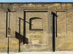 _B5A3105REWS Amber Stocks, © Jon Perry , 18-4-17 zaz (Jon Perry - Enlightenshade) Tags: jonperry enlightenshade arranginglightcom wall bricks stocks shadows sunlight sunny 18417 20170418 fullers brewery chiswick london w4