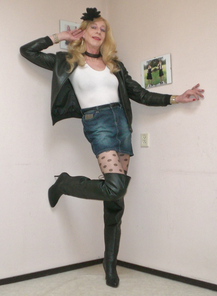 transvestite pantyhose shoes