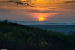 Beauty of sunset (cipolin_2007) Tags: sunset colours blue hills green evening sun