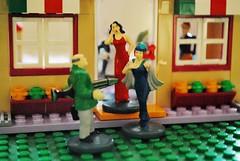 It wasn´t me! Cluedo meets Lego (FrauN.ausD.) Tags: macromonday crime kriminell krimi verbrechen cluedo lego spiel spielzeug macro nikon d60 rot red toys game blau blue grün green