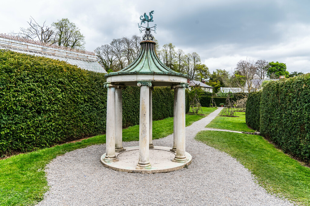 FARMLEIGH HOUSE [ GROUNDS AND GARDENS PHOTOGRAPHED APRIL 2017]-127221