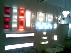 22062007 (alaluxluz) Tags: colunas apliques embutidos embutidosdesolo embutidosdeparede alabastros luminárias lumináriasdeemergência filtros gelatinas difusores fresnel fresnéis gobos lentes aletas defletoresdeluz acessóriosdeiluminação spots trilhos balizadores refletores projetores postes tartarugas fincosdejardim espetosdejardim cúpulas canoplas vidros globos cristais strobos movingheads lâmpadas lâmpadasespeciais lâmpadasdexenonresidencial lâmpadasdecarbono lâmpadasdegrafeno máquinasdefumaça fitasadesivas led painéisdeled oled fitasled fibraótica automação dimmers controladoresdeluz decoração
