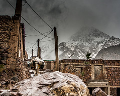 (Jonay Galvn) Tags: 2008 canon eos 400d 1740f4l morocco marruecos atlas expedition alpinism escalada climb snow hielo ice montaa mountain 1652 aventura adventure nieve
