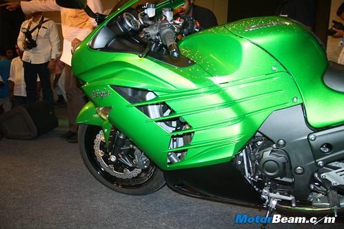 Kawasaki-Ninja-ZX-14R-02
