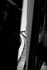 CURVE (skech82) Tags: california usa white black train losangeles strada foto santamonica streetphotography di bianco treno nero funicolare statiuniti mezzoditrasporto d3000 skech82