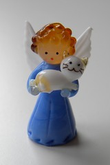 Angel with a cat (Doraburcu) Tags: blue white macro cute angel cat wing souvenir gift tiny porcelain