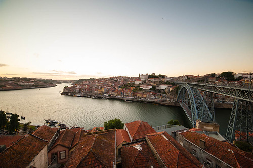 "Porto • <a style=""font-size:0.8em;"" href=""http://www.flickr.com/photos/22550935@N03/10513687805/"" target=""_blank"">View on Flickr</a>"