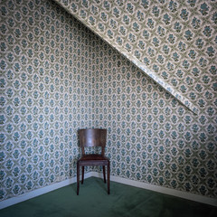 Politique de la chaise vide (Toeg) Tags: chair empty politics fanny virela virela2 virela3 virela4 virela5 virela6 virela7 virela8 virela9 virela10
