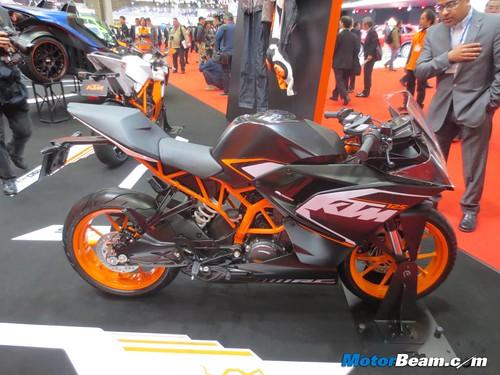 KTM-Tokyo-Motor-Show-2013-23
