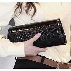 กระเป๋าคลัช แฟชั่นเกาหลีถือสวยหรูมีสายโซ่ถอดได้ใช้ออกงาน นำเข้า สีดำ - พร้อมส่งIS954 ราคา670บาท  รหัสสินค้า : IS954  ขนาด: 27*11*5 ซม.  วัสดุ : PU  สี : ดำ   โทรสั่งของกับ พี่โน๊ต/พี่เจี๊ยบ : 083-1797221, 086-3320788, 02-9394933 | LINE User ID : lotusnoss