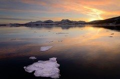 sunset (John A.Hemmingsen) Tags: sunset sun reflection ice water evening day cloudy tromsø nikond7000