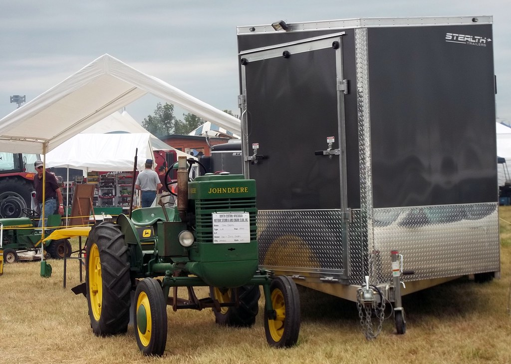 1944 John Deere LA And Stealth Trailer. (dccradio) Tags trees sky tractor & The Worldu0027s Best Photos of canopy and johndeere - Flickr Hive Mind