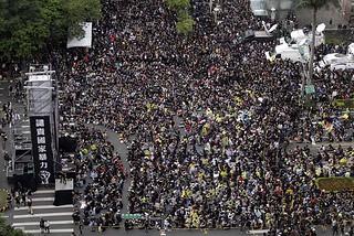 如何统计台湾反服贸示威人数?
