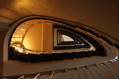 Golden light (Elbmaedchen) Tags: staircase treppenhaus treppenauge hamburg claushof geländer hamburgneustadt