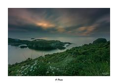 O Porto... (Canconio59) Tags: largasexposiciones meiras ocaso sunset galicia españa spain coulds nubes cielo sky mar sea costa coast