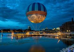 Helium (mwjw) Tags: nikond810 mwjw markwalter disneysprings downtowndisney disneyworld orlando florida nightshot longexposure night nikon24120mm