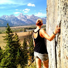 Live life and be free. Jerkydirect.com/tyler #tysjerky #grandtetons #explore #nature #mountains #hiking #befree #livelife #livesimple (tylersims) Tags: livesimple nature mountains hiking tysjerky befree grandtetons livelife explore