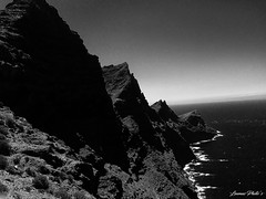 Three Peaks (Leumas Photo's) Tags: picks three mountains bw black white sea gran canaria summer