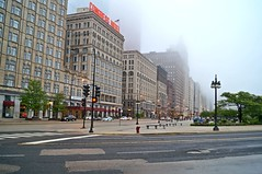 Chicago, Il (Jerome Torossian design) Tags: chicago usa america united states us building illinois city downtown american limits ads pinterest love luxury happy summer life people cool photography water lake tree green brown blue color sky shopping skyscraper avenue road skyline center 2017 architecture