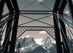 Framed (Edna Winti) Tags: ednawinti canmore alberta enginebridge bowriver 52pickup