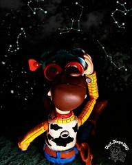 """""""Se não encontrar a alegria nesta terra, procure além das estrelas"""" - Platão  #constelação #constellation #estrelas #estrela #star #noite #night #ActionFigure #Woody #Pixar #ToyStory #collection #coleção #Revoltech #disneyanimation #Disney #animation (dioxdiegodmf) Tags: disneyanimation estrelas collection coleção noite constellation night estrela pixar animation woody disney constelação revoltech star toystory actionfigure"""