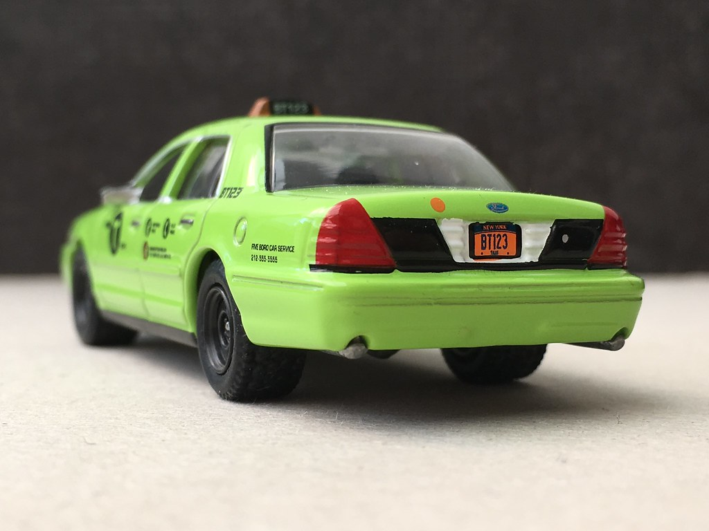 Nyc boro green taxi ford crown victoria matthfcvpi tags 164