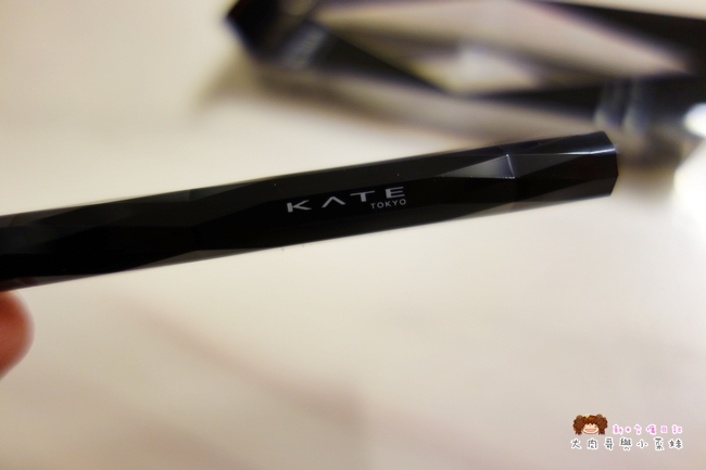 KATE進化版持久液體眼線筆EX (7).JPG