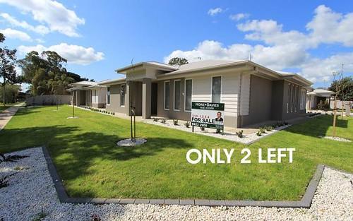 Units1-4 Craft Street, Lake Albert NSW 2650
