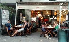 um fim de tarde (lucia yunes) Tags: gente bar bares amizade chopp motoz luciayunes boteco botequim