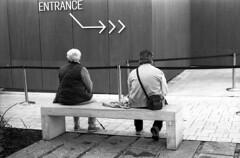 Entrance (Valt3r Rav3ra - DEVOted!) Tags: nikonf90x nikon bw biancoenero blackandwhite analogico analogica analogue analog valt3r valterravera visioniurbane urbanvisions streetphotography street milano expo ilfordfp4