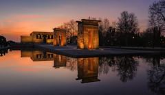Ultimas luces en el Templo de Debod... (27/04/2017) (protsalke) Tags: sunset atardecer debod lights colors calm beautiful colores madrid nikon reflections architecture city urban egypt waterscape