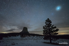 Close Encounter (kevin-palmer) Tags: milkyway galaxy night sky stars starry dark space astronomy astrophotography clouds devilstower devilstowernationalmonument nationalmonument wyoming monolith nikond750 irix15mmf24 snow cold snowy spring april blackhills pinetrees forest joynerridge grassland prairie jupiter planet halo orb
