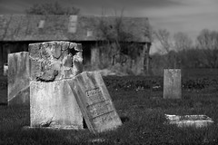 (Mr. Tailwagger) Tags: tailwagger leica m240 summilux 75mm montague ma graveyard barn broken grave stone